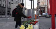 Москвадагы Большая Лубянка көчөсүндөгү атышуудан кийин. Архивдик сүрөт