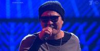 Кыргызстанец Нуржигит Субанкулов выступил в четвертьфинале музыкального конкурса Голос на Первом канале (Россия).