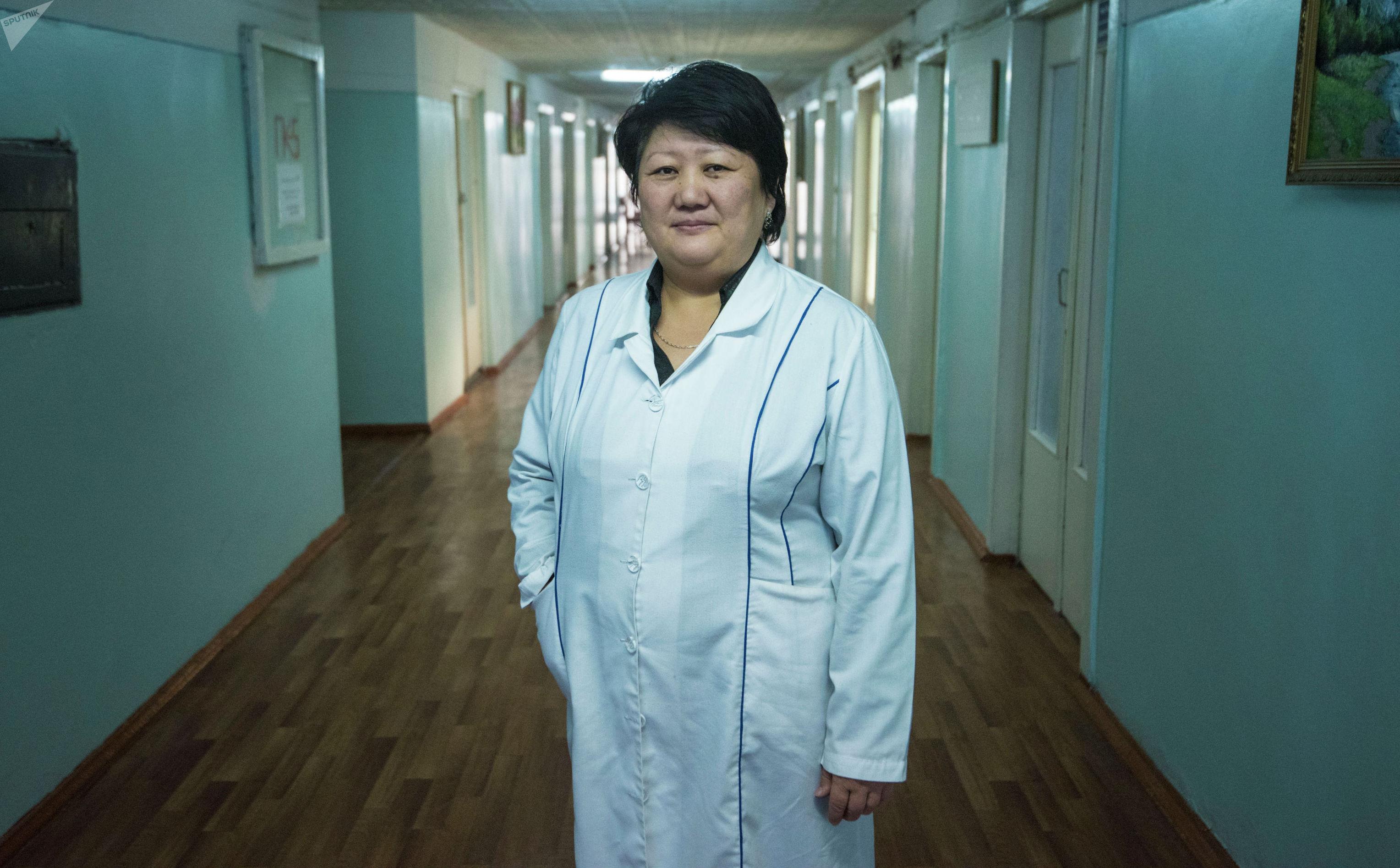 Заведующая реабилитационной больницей при Центре протезно-ортопедических изделий Чынара Турганбаева