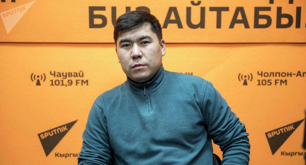 Өлкөдөгү ресторандардын биринин башкы ашпозчусу Мырзабек Рысбаев