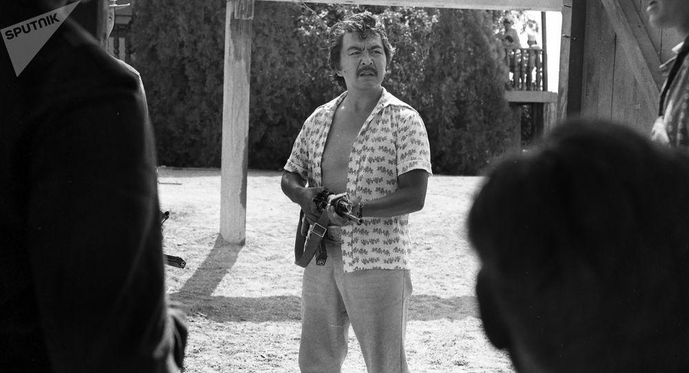 Белгилүү кинорежиссёр, СССРдин эл артисти Болот Шамшиев. Архивдик сүрөт