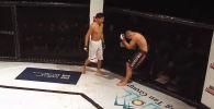 Кыргызстанский боец смешанного стиля Дастан Шаршеев одержал победу над соперником из Беларуси на турнире в Стамбуле (Турция).