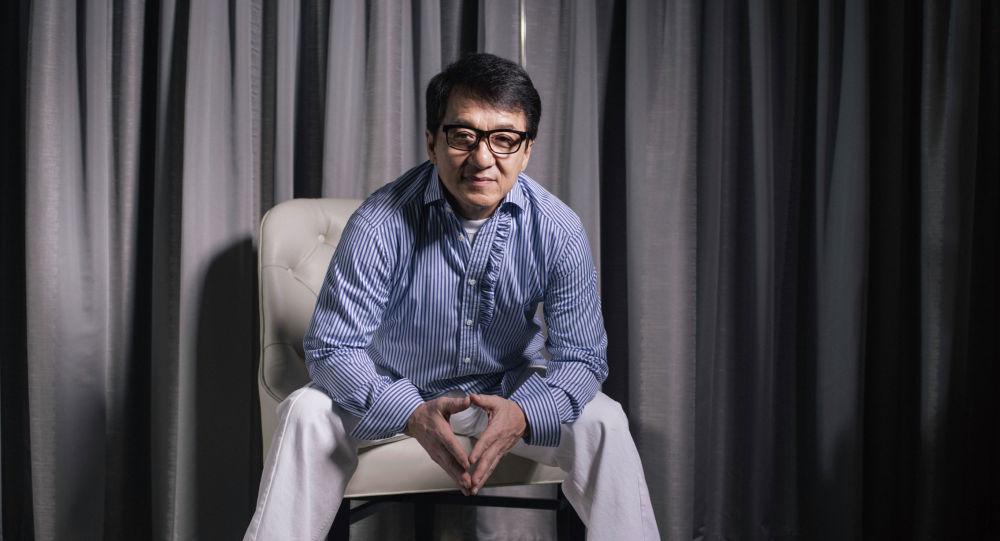 Голливуд актеру жана режиссеру Жеки Чан. Архив