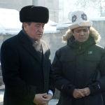 Шамшиевге топурак салганы Сооронбай Жээнбеков да барды
