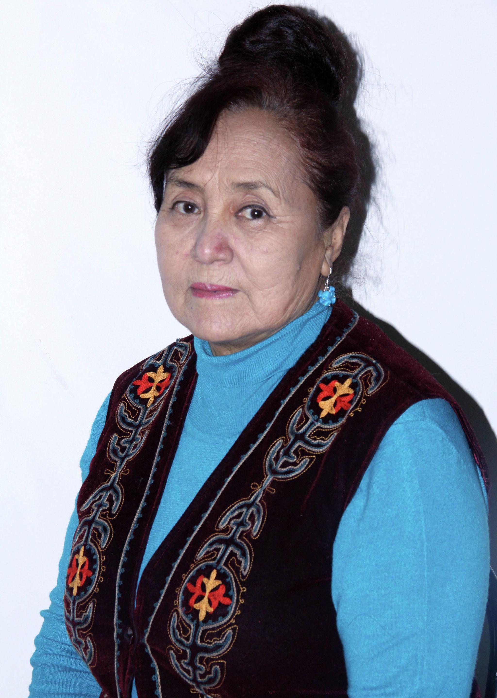 Заслуженный артист КР, известная актриса Жаркын Балыкбаева