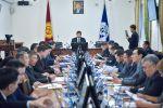 Бишкектин башчысы Азиз Суракматов. Архивдик сүрөт