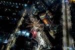 2020-жылды бишкектиктер кантип тосуп, кандай салют, фейерверктер атылгандыгын Михаил Дудин дрон менен бир нече бийиктиктен тартып көрсөттү.