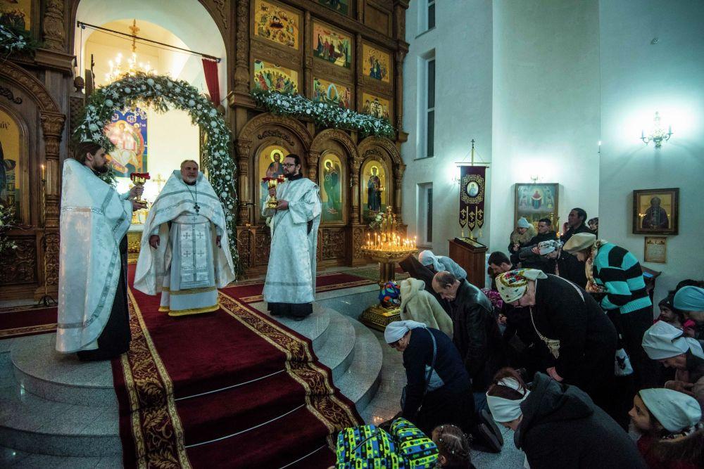 Рождественское богослужение в храме Святого равноапостольного великого князя Владимира в Бишкеке
