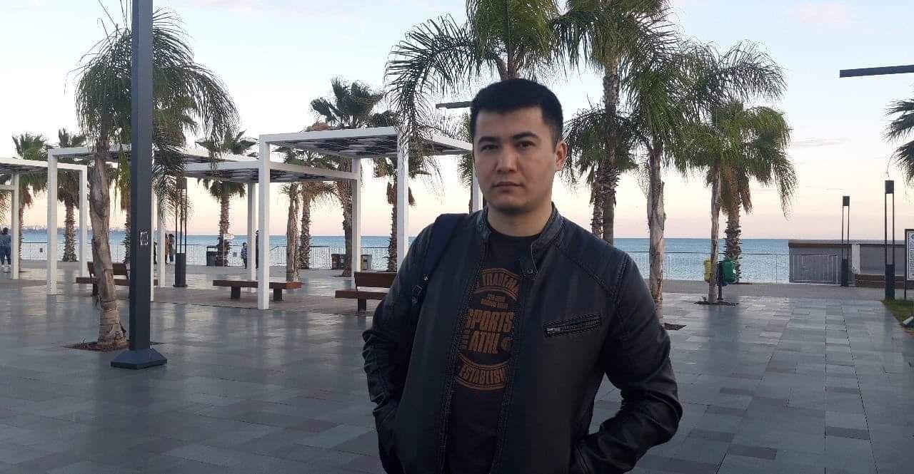 Риелтор в Москве Максат Андашев