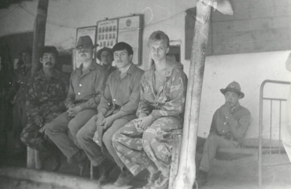 Офицер 860-полка, полковник в отставке, ветеран афганской войны Таалайбек Садыров