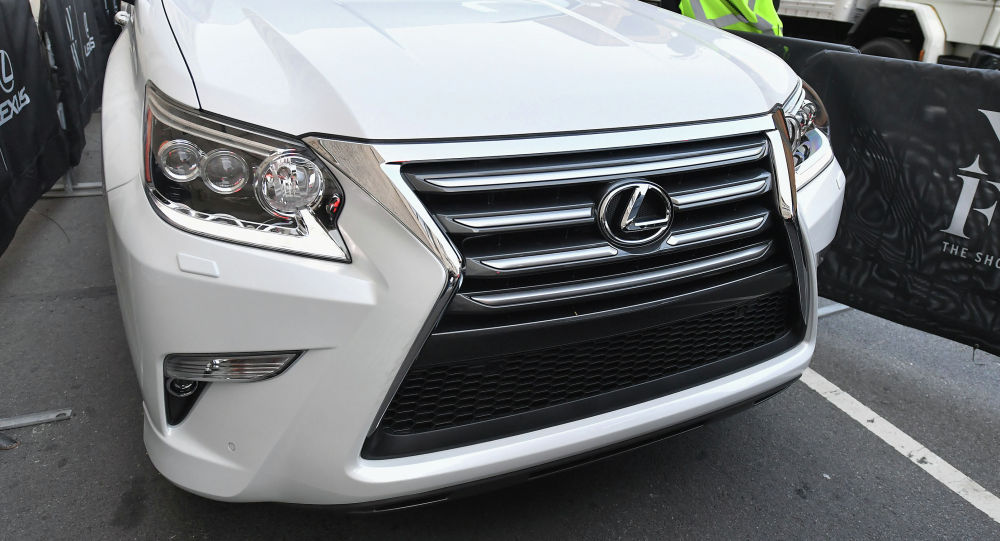Lexus LX автоунаасы. Архив