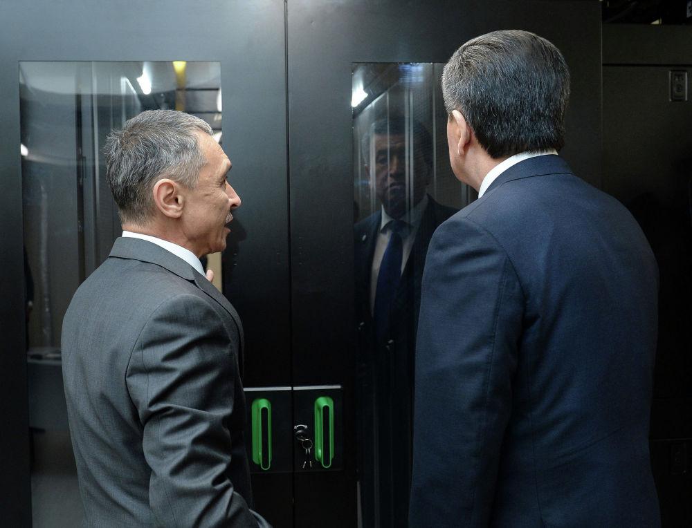 Президент Кыргызской Республики Сооронбай Жээнбеков посетил Национальный банк Кыргызской Республики (НБКР). 17 января 2020 года