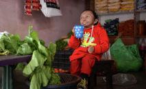 Самый маленький человек в мире — Хагендра Тапа Магар. Архивное фото