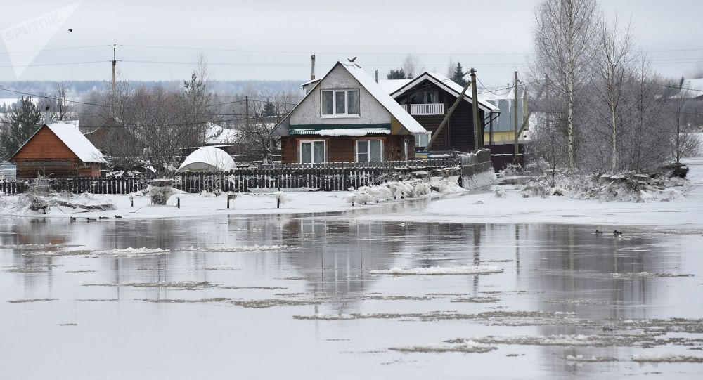 Подтопление в одном из селений Вологодской области. Архивное фото