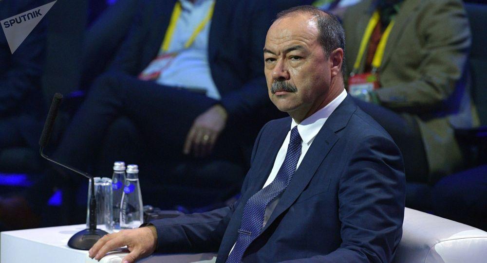 Премьер-министр Узбекистана Абдулла Арипов во время пленарного заседания Московского международного форума инновационного развития Открытые инновации на тему Интеллектуальная экономика.