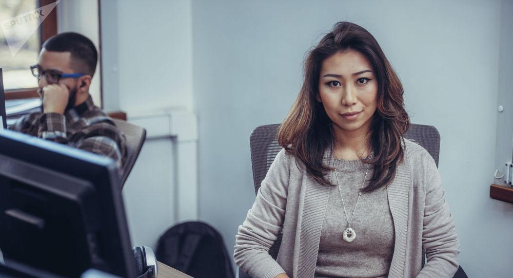 Sputnik Кыргызстан агенттигинин маалымат катчысы Нуржан Найзабекова. Архивдик сүрөт