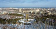 Вид на парк имени Дайыра Асанова (Победы) в южной части Бишкека