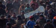Кара-Суу районунун Савай айылында өткөн ири аламан улак