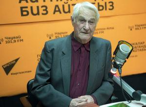 Полковник милиции в отставке Валентин Мельников на радиостудии Sputnik Кыргызстан