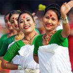 Девушки в традиционной одежде на праздновании Дня республики в Индии