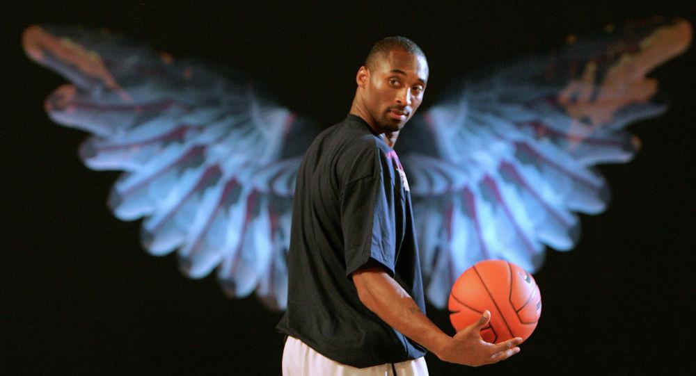 АКШнын улуттук баскетбол ассоциациясынын беш жолку чемпиону Коби Брайант. Архив