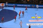 Гандбол боюнча Испаниянын курама командасы экинчи ирет Европа чемпионатын багындырды. Өлкөгө акыркы упайды Кыргызстанда төрөлгөн гандбол машыктыруучусу Талант Дүйшөбаевдин уулу Алекс Дүйшөбаев алып берди.