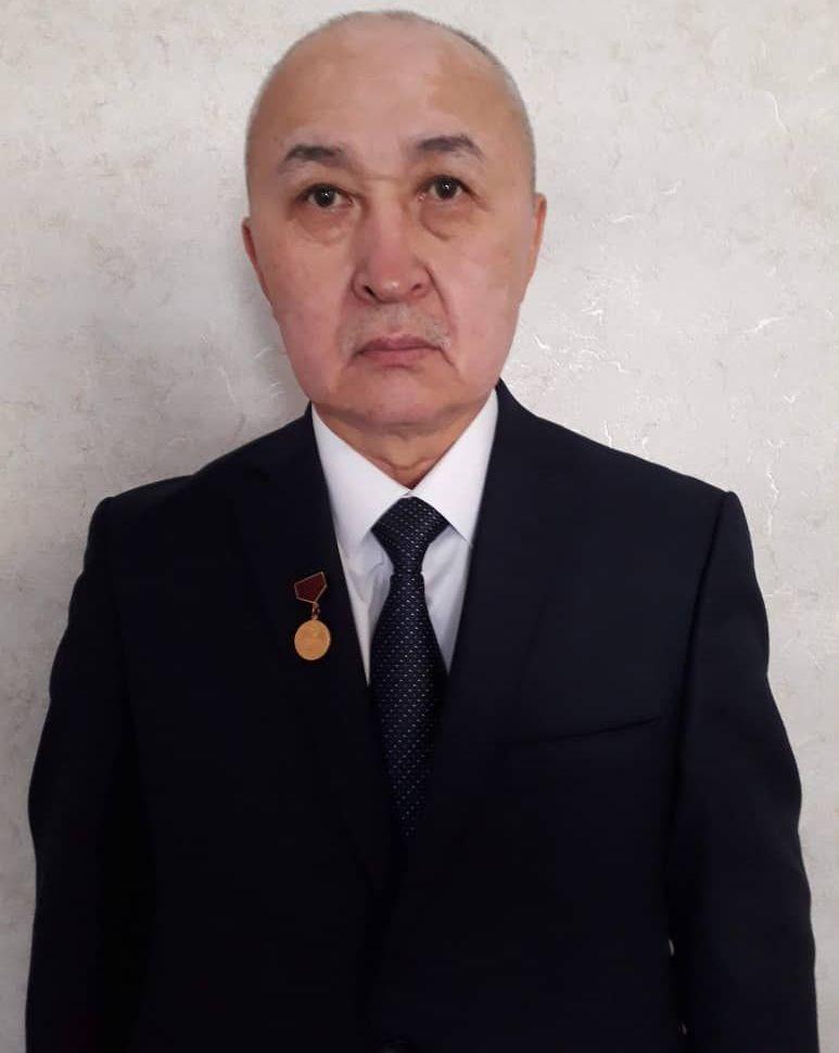 Заместитель председателя Ассоциации горнопромышленников и геологов КР Дуйшенбек Камчыбеков