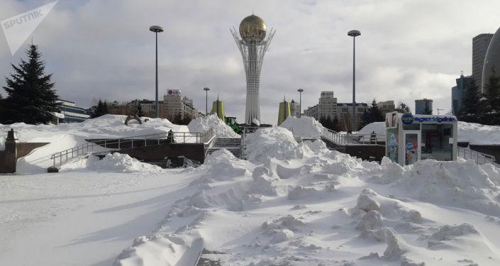 Последствия обильного снегопада, выпавшие в январе 2020 года в Нур-Султане, стали самыми обильными почти за 60-летнюю историю