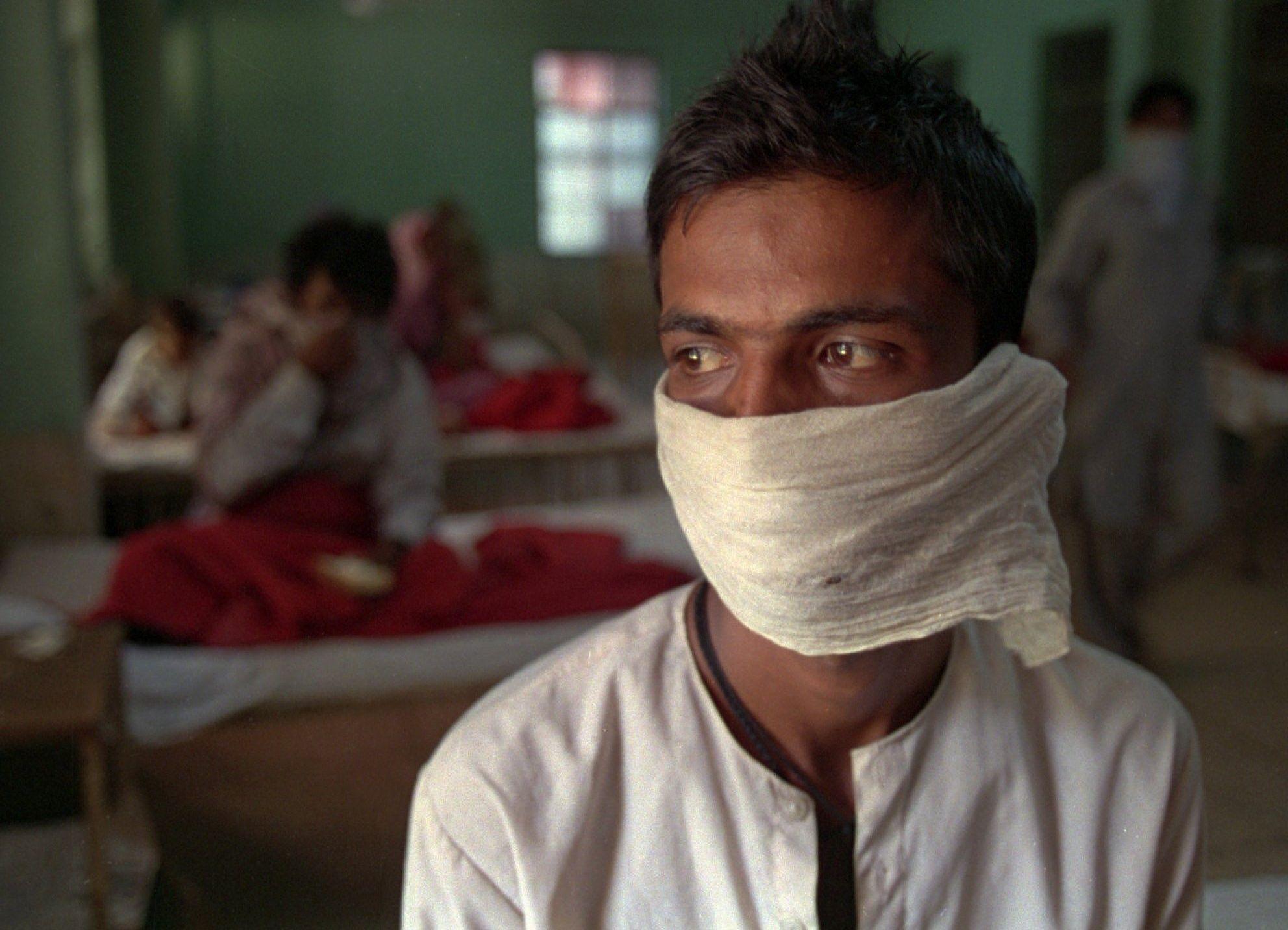 Пациент с подозрением на чуму в инфекционной больнице в Нью-Дели. 2 октября 1994 года