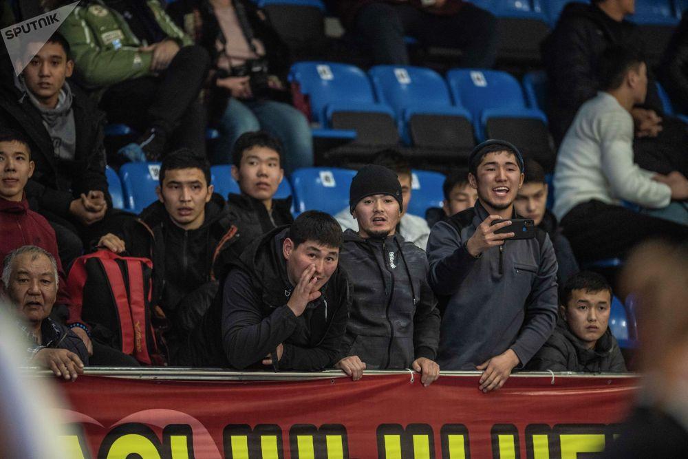 Кыргызстандын спортчулары эгемендик алгандан бери Олимпиададан 4 байге алган. Анын бири дзюдочу Айдын Смагуловго таандык