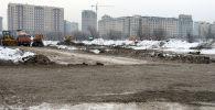 Строящегося для детей парка Балалык на перекрестке улиц Байтик Баатыра и Аалы Токомбаева, напротив парка имени Даира Асанова