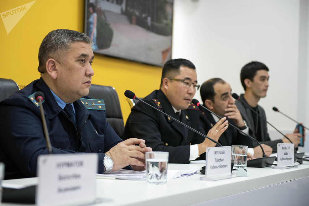 В прошлом году Sputnik и Финпол провели большое расследование по недоливам на автозаправках Бишкека и Чуйской области. Общественность очень остро отреагировала на это, расследование активно обсуждалось в соцсетях.