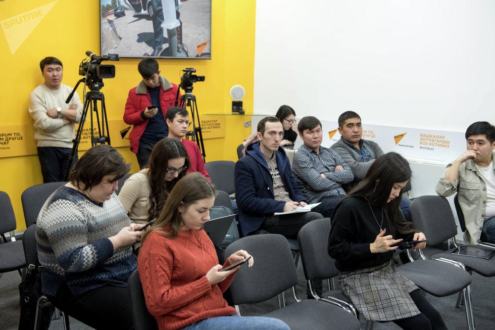 Был выявлен недолив бензина на автозаправках в Бишкеке и Чуйской области, вопросы возникли и к качеству ГСМ