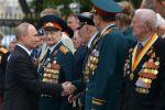 Россия президенти Владимир Путин ардагерлер менен жолугушууда. Архивдик сүрөт