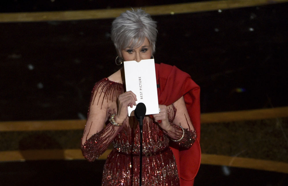 Актриса Джейн Фонда во время объявления лауреата пермии Оскар за лучший фильм в Лос-Анджелесе. 9 февраля 2020 года