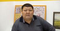 Ашыкча салмак менен күрөшүп жаткан Урматбек Садыков
