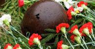 На Воинском братском кладбище советских воинов, погибших в годы Великой Отечественной войны. Архивное фото