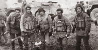 Ветеран афганской войны Жаныбек Бакиров (крайний справа)
