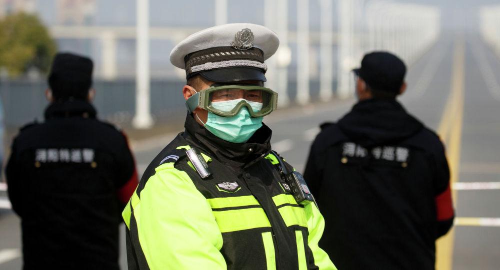 Кытай полиция кызматкерлери Цзянси аймагында. Архивдик сүрөт