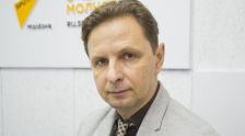 Политолог Владислав Кульминский во время беседы на радио Sputnik Молдова