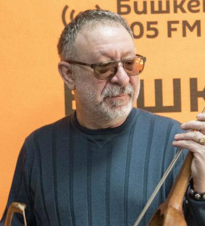 Российский музыкант Евгений Маргулис на радиостудии Sputnik Кыргызстан