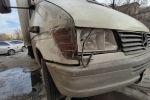 Разбитая фара грузового буса в Бишкеке. Иллюстративное фото