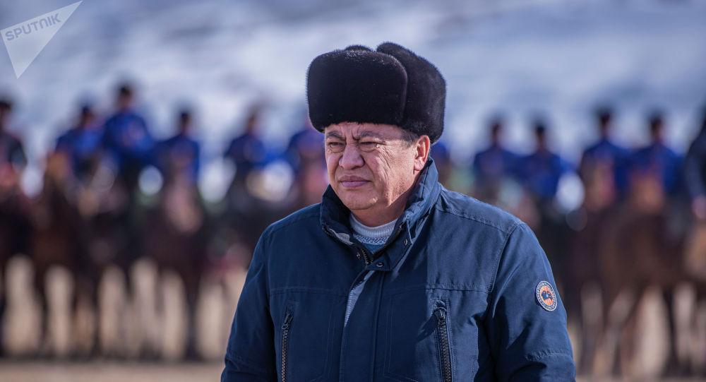 Өкмөттүн Нарын облусундагы өкүлү Эмилбек Алымкулов