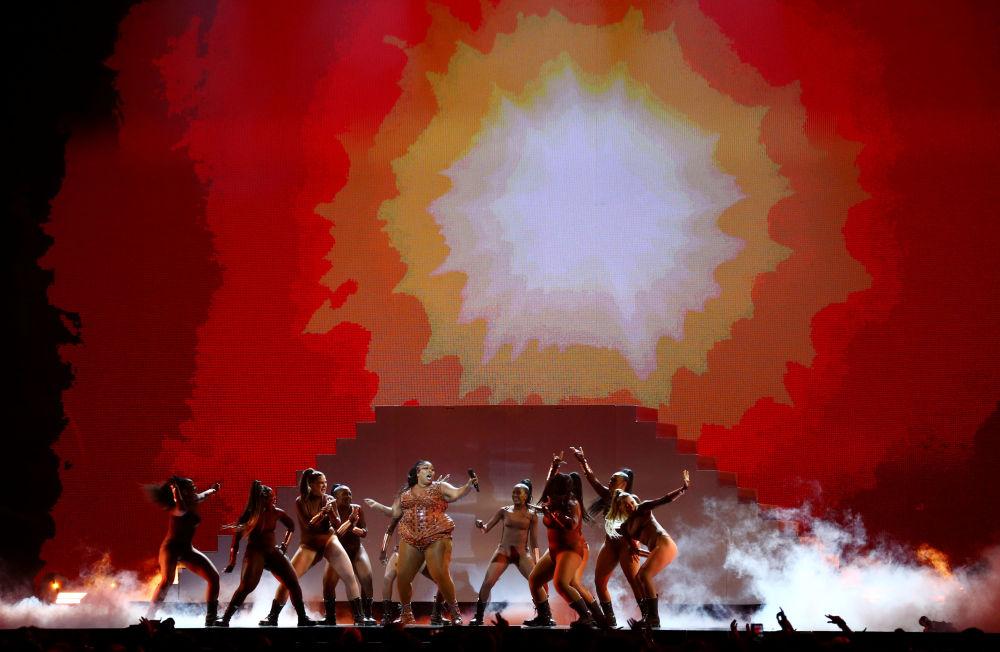 Выступление певицы Lizzo на Brit Awards 2020