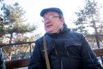 Изобретатель Алексей Сомов во время интервью