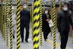 Сеул метро станциядагы маскачан кишилер