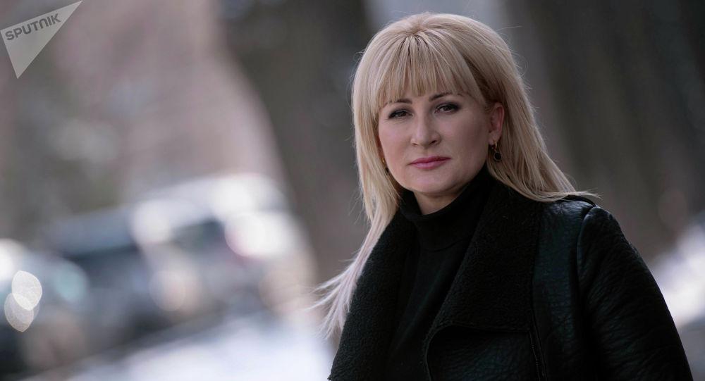 Врач-косметолог Наталья Минина во время фотосета