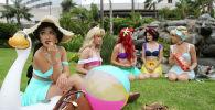 Участники Comic-Con, одетые как любимые принцессы Disney. Архивное фото