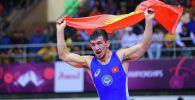 Кыргызстандык балбан Арсалан Будажапов Индияда өтүп жаткан Азия чемпионатында алтын медаль утту
