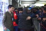 Индиядагы Азия чемпионатында көзүнөн жаракат алган балбан Улукбек Жолдошбеков. Архивдик сүрөт